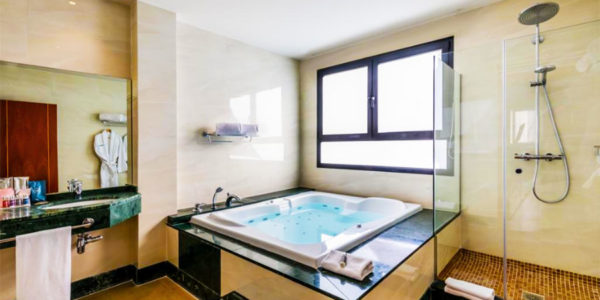 Jacuzzi Occidental Granada By Barcelo